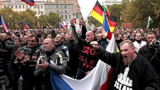 crisis-de-inmigrantes-en-europa-2112662w640